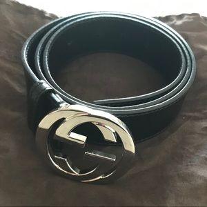 Leather black belt with interlocking G